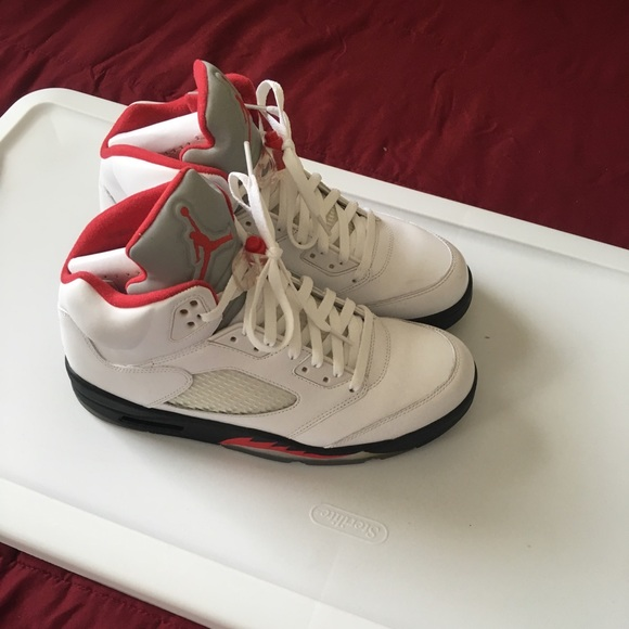 new products 5a15c de167 Air Jordan 5 Fire Red Size 10